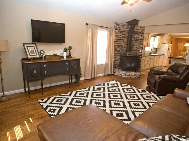 Additional photo for property listing at 91 W 100 S  Central Valley, Utah 84754 Estados Unidos