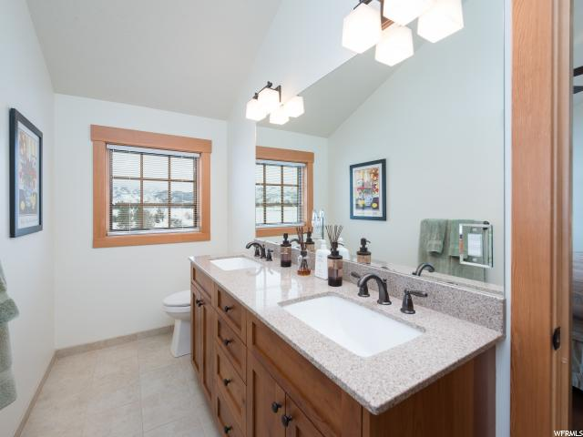 Additional photo for property listing at 241 S 8600 E 241 S 8600 E Huntsville, Utah 84317 États-Unis