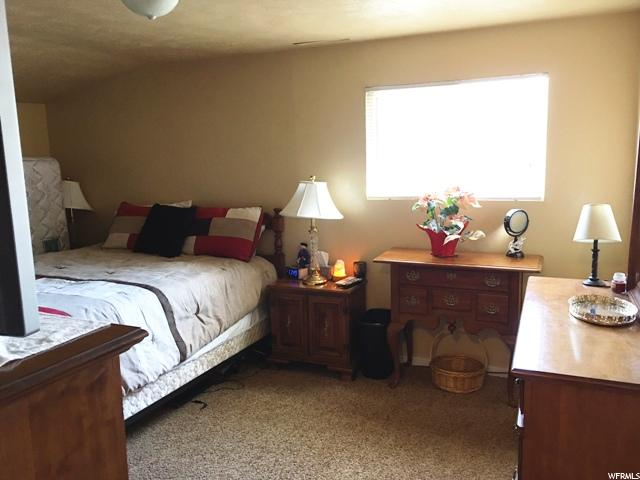 Additional photo for property listing at 319 E 400 S 319 E 400 S Vernal, 犹他州 84078 美国