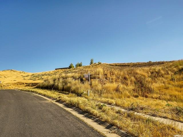 Additional photo for property listing at 5622 N SILVER LEAF Circle  Mountain Green, Utah 84050 États-Unis