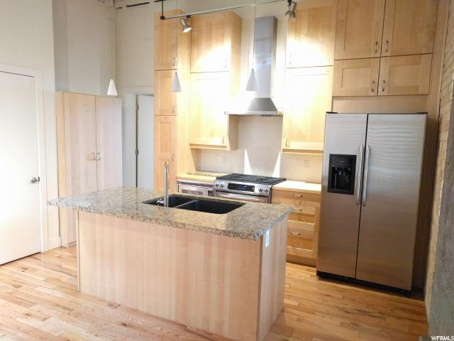 Home for sale at 342 W 200 South #205, Salt Lake City, UT  84101. Listed at 275000 with 1 bedrooms, 1 bathrooms and 726 total square feet