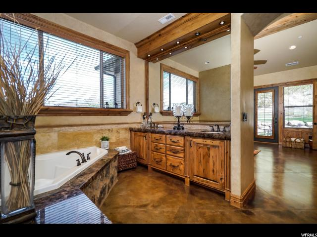 Additional photo for property listing at 3344 N SHORELINE Circle  Layton, Юта 84040 Соединенные Штаты