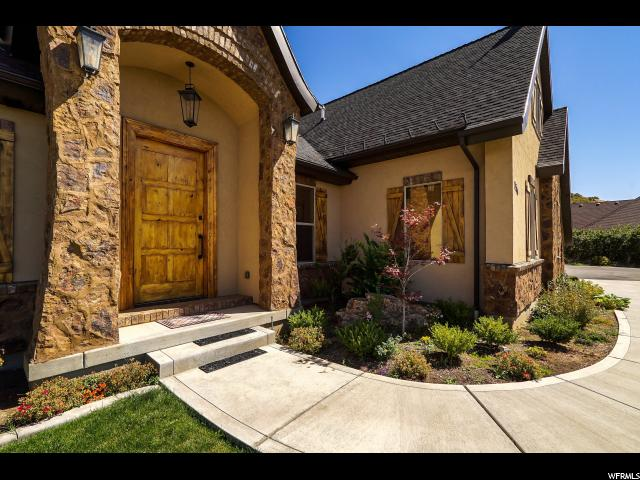 Single Family للـ Sale في 3344 N SHORELINE Circle Layton, Utah 84040 United States