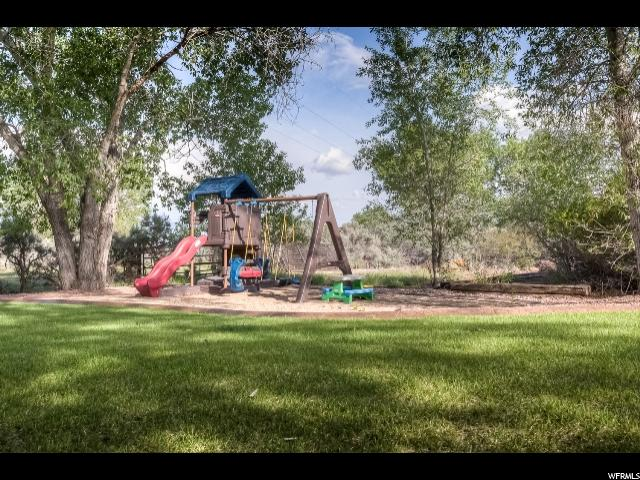 Additional photo for property listing at 1921 W 2500 N 1921 W 2500 N Vernal, Utah 84078 United States