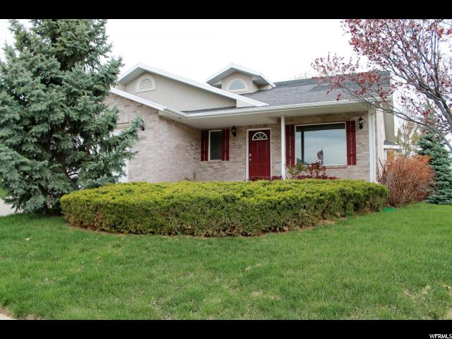 Single Family for Sale at 1995 E DEERE VIEW Drive Layton, Utah 84040 United States