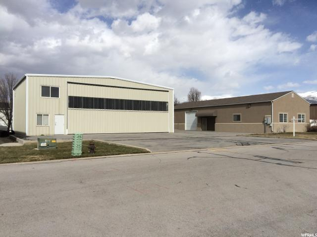 Commercial for Sale at 1588 W 2225 S Woods Cross, Utah 84087 United States