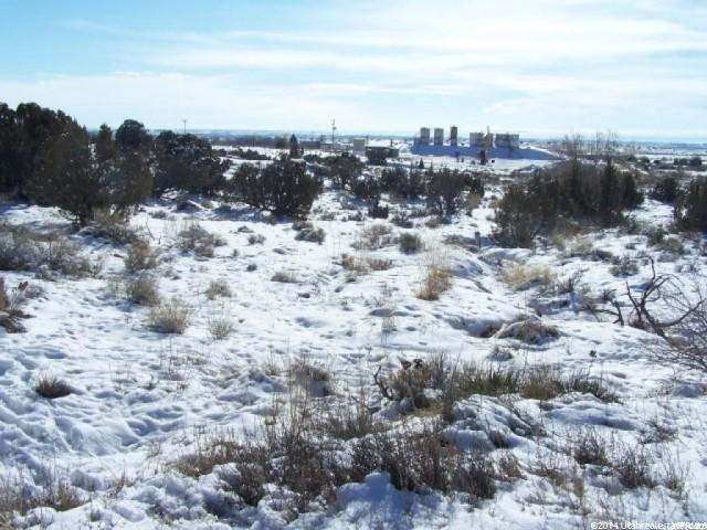 Additional photo for property listing at 3282 W 2850 N  Roosevelt, Utah 84066 United States