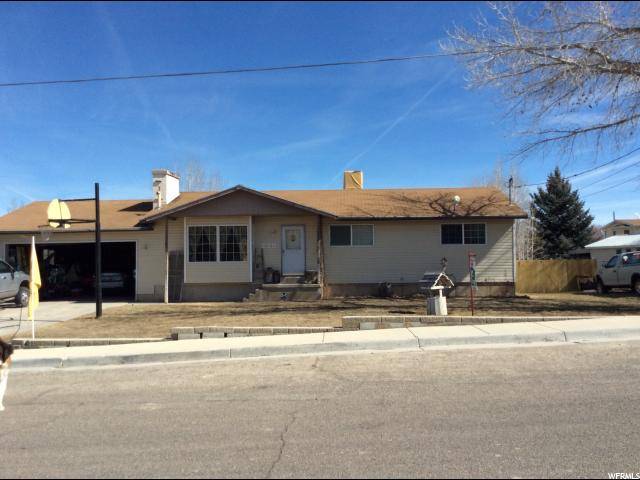 Single Family for Sale at 250 N 400 W 250 N 400 W Orangeville, Utah 84537 United States