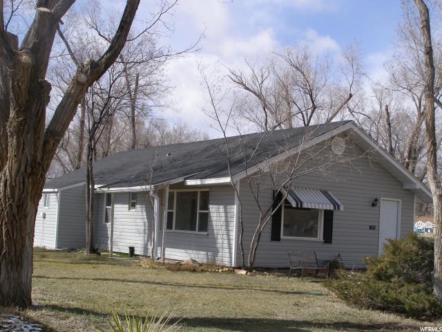 Unique la famille pour l Vente à 267 N 200 E Hinckley, Utah 84635 États-Unis