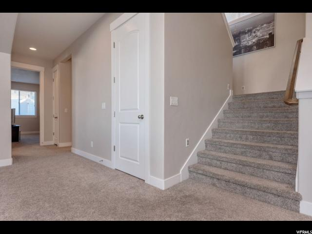 251 E PARKWAY CIR North Salt Lake, UT 84054 - MLS #: 1434872