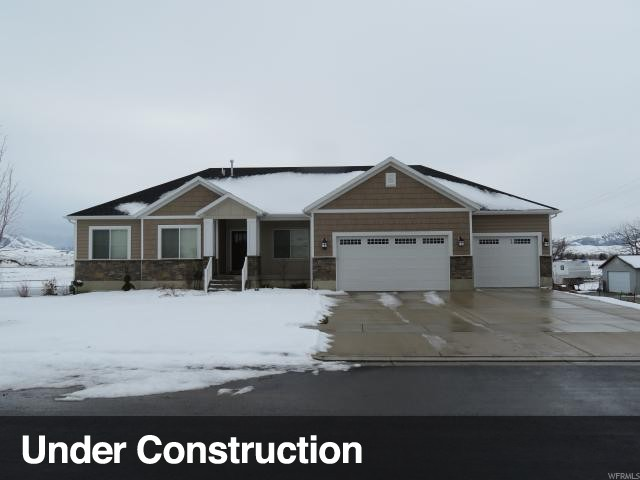 Single Family for Sale at 424 E 400 S Hyrum, Utah 84319 United States
