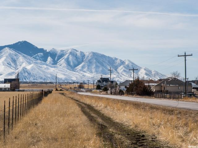Additional photo for property listing at 3700 N HIGHWAY 36 3700 N HIGHWAY 36 Erda, Utah 84074 États-Unis