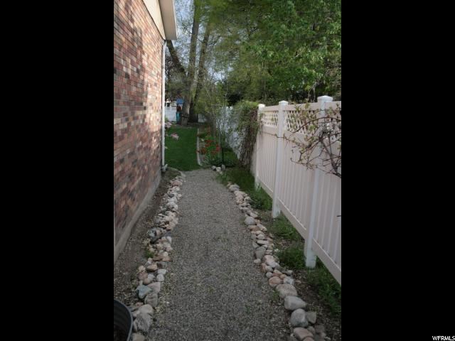 Additional photo for property listing at 2162 E 6200 S  Holladay, Utah 84121 United States