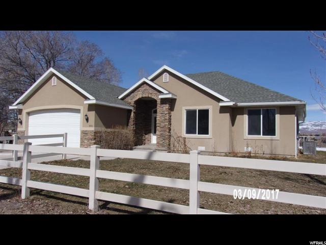 Unique la famille pour l Vente à 1852 W 9000 N Neola, Utah 84053 États-Unis