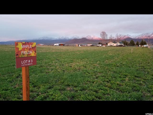 Terrain pour l Vente à 1097 W 6600 N Smithfield, Utah 84335 États-Unis
