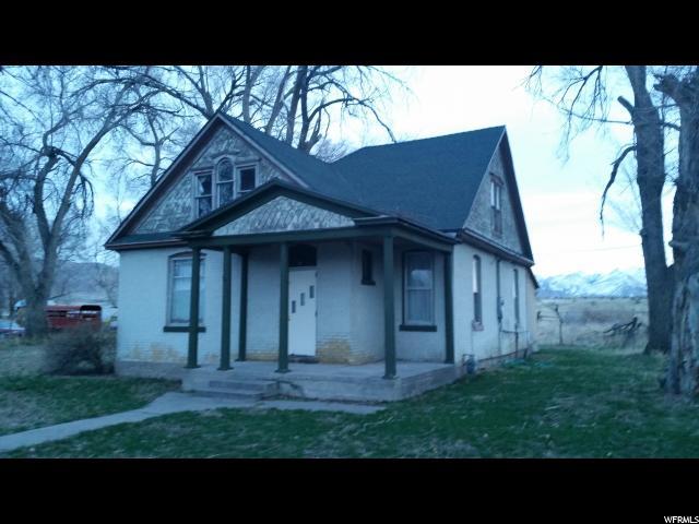 单亲家庭 为 销售 在 61 E MAIN Street Leamington, 犹他州 84638 美国