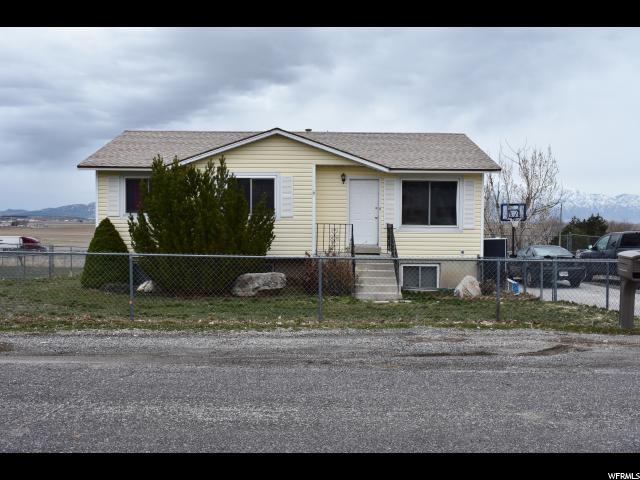 Unique la famille pour l Vente à 10410 N 11700 W Thatcher, Utah 84337 États-Unis