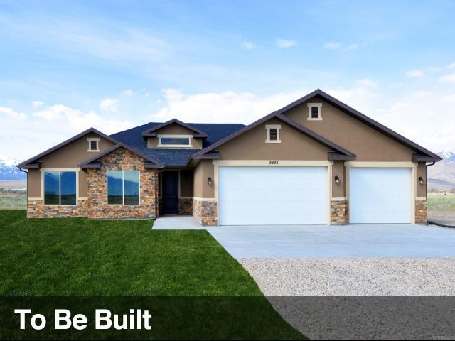 Unique la famille pour l Vente à 7755 N COBBLEROCK Road Lake Point, Utah 84074 États-Unis