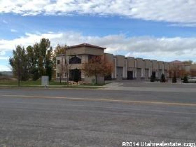 Commercial pour l Vente à 05-093-0118, 1125 W 400 N 1125 W 400 N Unit: 280 Logan, Utah 84321 États-Unis