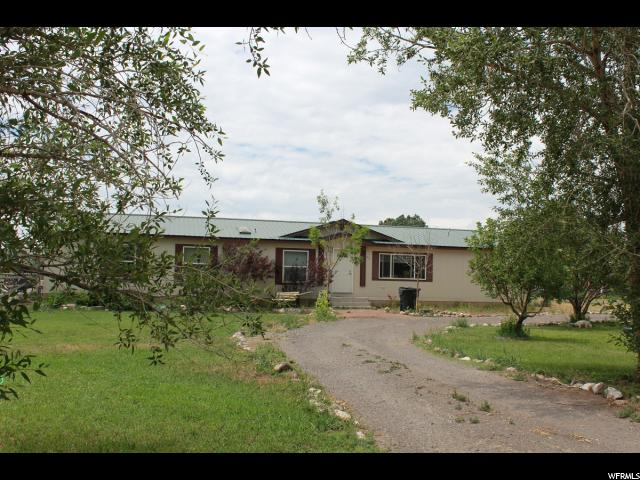 Single Family for Sale at 20 S 200 E 20 S 200 E Loa, Utah 84747 United States