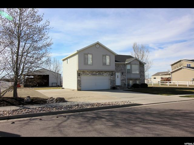 Single Family for Sale at 3921 N 2800 W Farr West, Utah 84404 United States
