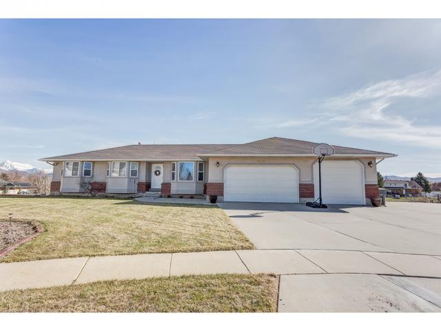 1243 W SOUTH-MEADOW CIR, South Jordan UT 84095