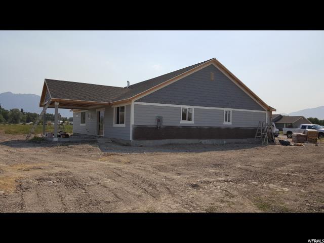 Additional photo for property listing at 2401 N 4180 W 2401 N 4180 W Unit: 30 Corinne, Юта 84307 Соединенные Штаты
