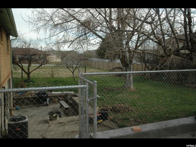 Additional photo for property listing at 1480 S STATE Street 1480 S STATE Street Clearfield, Utah 84015 United States