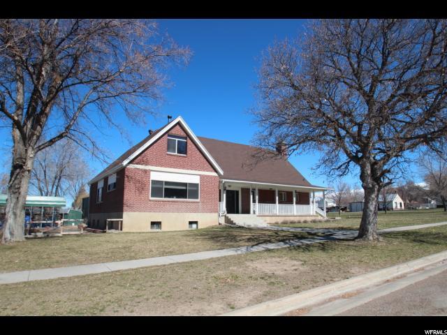 Один семья для того Продажа на 75 E MAIN Mount Pleasant, Юта 84647 Соединенные Штаты