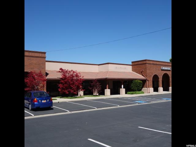 商用 为 出租 在 2712 S 3600 W 2712 S 3600 W Unit: D/E 盐湖城市, 犹他州 84119 美国