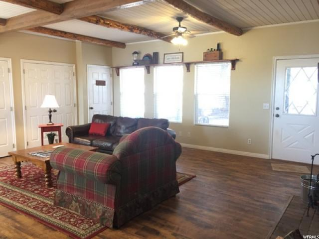 Additional photo for property listing at 2550 E HWY 89  Kanab, Utah 84741 États-Unis