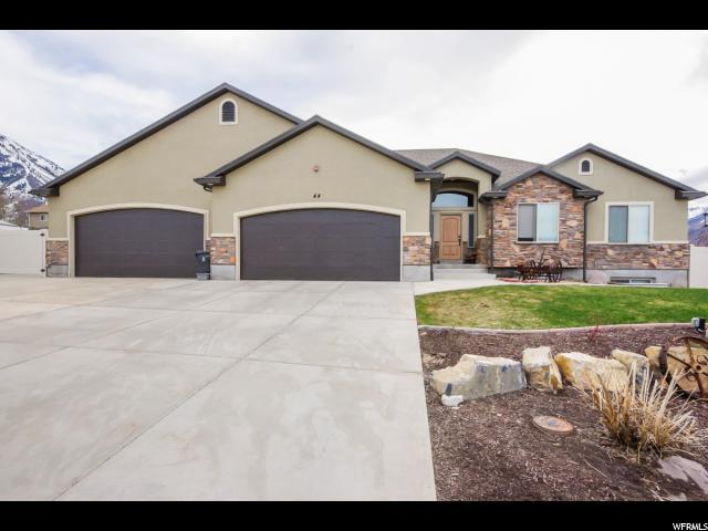 单亲家庭 为 销售 在 44 E MAGELLAN Lane Elk Ridge, 犹他州 84651 美国