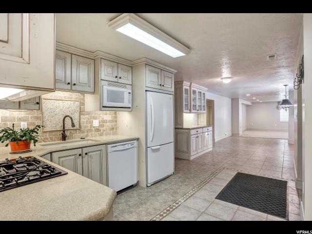 Additional photo for property listing at 24 W 400 N 24 W 400 N Willard, Utah 84340 United States