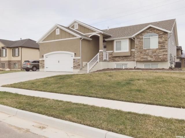 单亲家庭 为 销售 在 5472 S 3200 W Roy, 犹他州 84067 美国