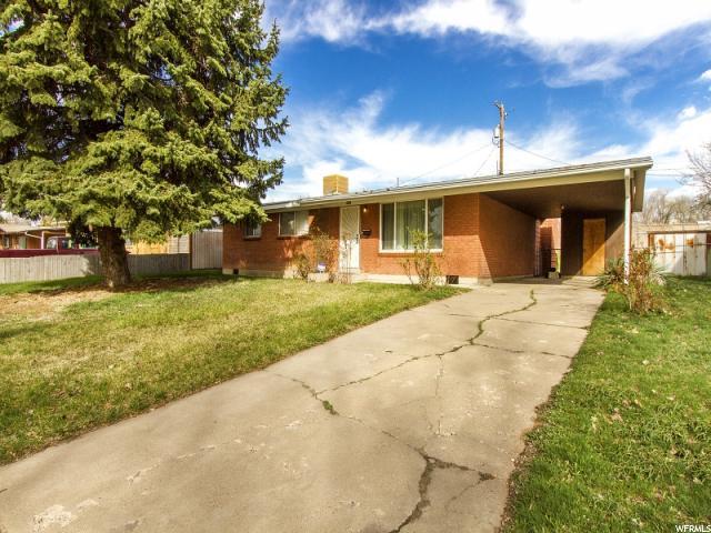 单亲家庭 为 销售 在 2358 N 300 W Sunset, 犹他州 84015 美国