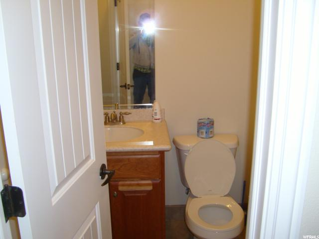 Additional photo for property listing at 780 N 70 W 780 N 70 W Unit: 66 Mayfield, Юта 84643 Соединенные Штаты