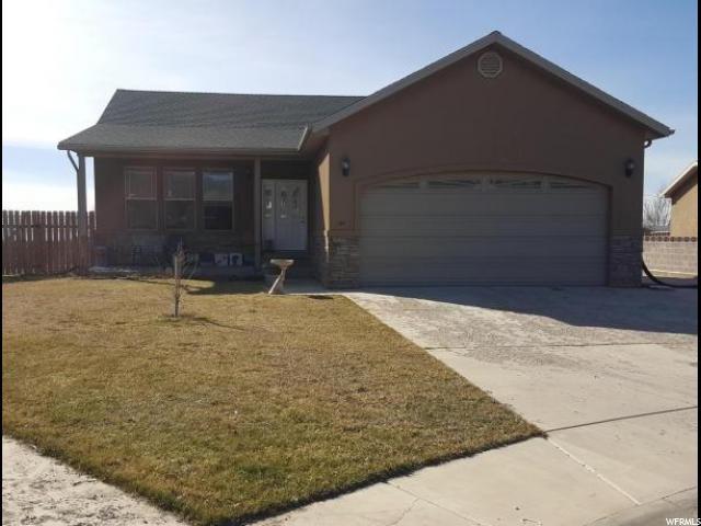 单亲家庭 为 销售 在 131 N 780 W Parowan, 犹他州 84761 美国
