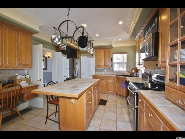 Additional photo for property listing at 2867 S COVE Lane  Bountiful, Utah 84010 United States