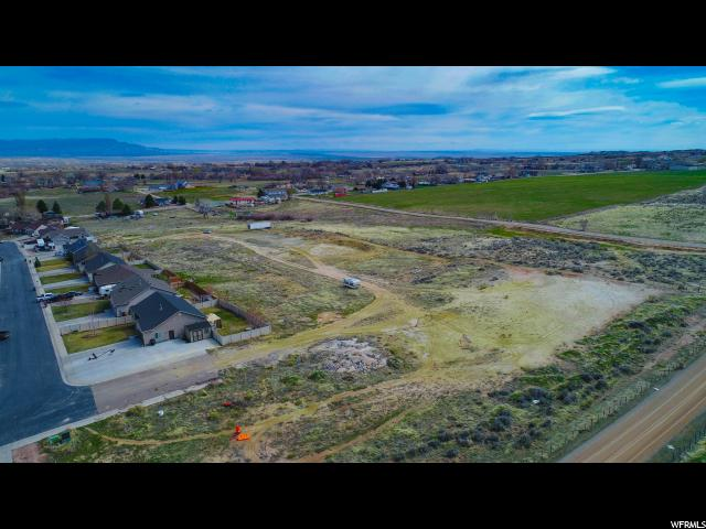 Additional photo for property listing at 126 W 4180 S 126 W 4180 S Vernal, Utah 84078 Estados Unidos