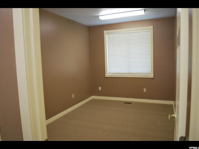 Additional photo for property listing at 1441 S 550 E 1441 S 550 E Orem, Utah 84097 États-Unis