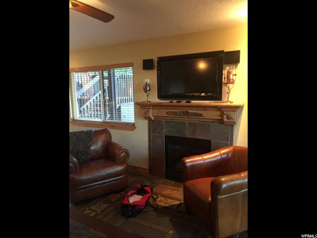 Additional photo for property listing at 2025 CANYONS RESORT Drive 2025 CANYONS RESORT Drive Unit: T-1 Park City, Utah 84098 United States