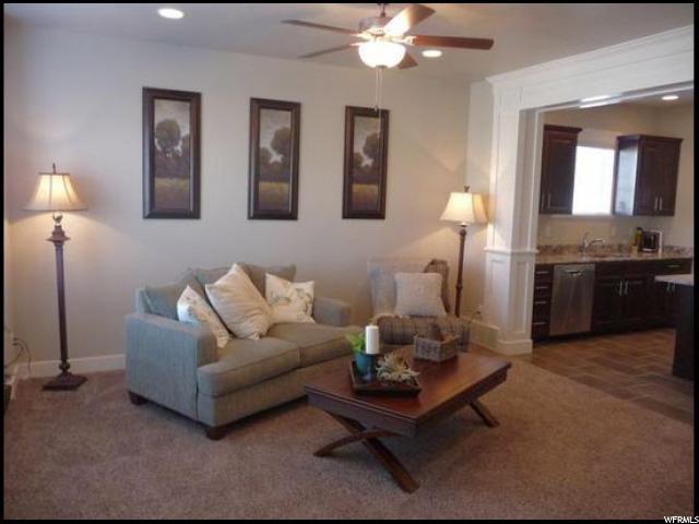 Additional photo for property listing at 1658 E TALON WAY 1658 E TALON WAY Unit: 64 Eagle Mountain, Utah 84005 États-Unis