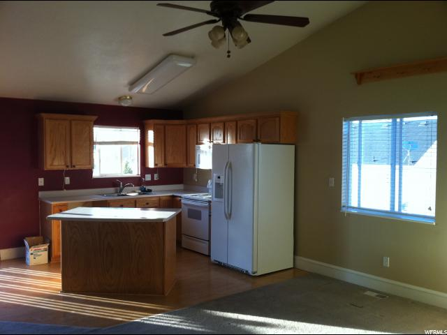 Additional photo for property listing at 7673 N SPARROWHAWK WAY 7673 N SPARROWHAWK WAY Eagle Mountain, Utah 84005 United States