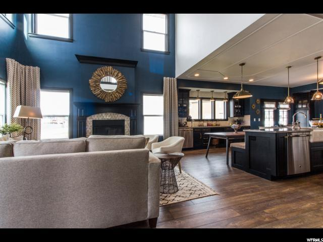 Additional photo for property listing at 823 W 1860 N 823 W 1860 N Unit: 10 Orem, Utah 84057 États-Unis