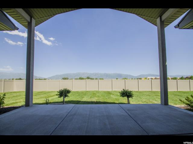 Additional photo for property listing at 1183 W 2016 S 1183 W 2016 S Unit: 320 Syracuse, Utah 84075 United States