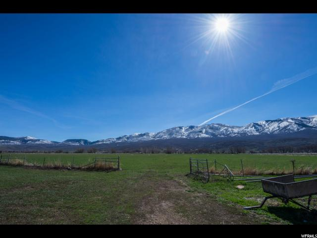 Additional photo for property listing at 300 S CENTER Street 300 S CENTER Street Wallsburg, Utah 84082 Estados Unidos