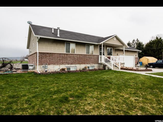 Unique la famille pour l Vente à 3878 W 3000 N Benson, Utah 84335 États-Unis