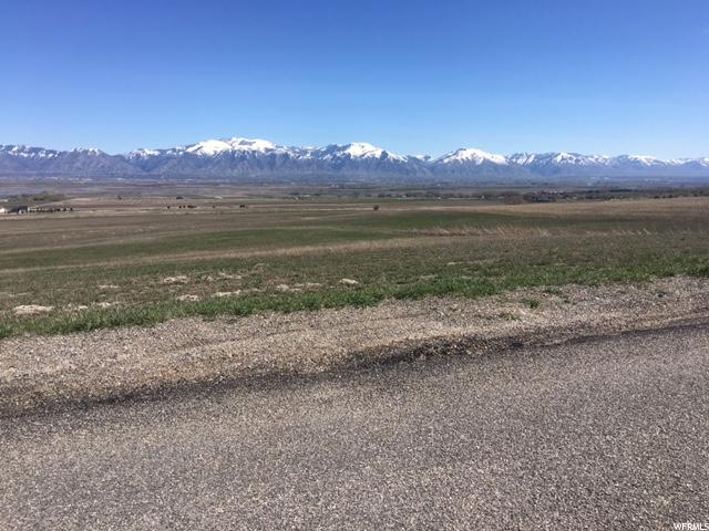 Additional photo for property listing at 476 N 7200 W 476 N 7200 W Petersboro, Utah 84325 États-Unis
