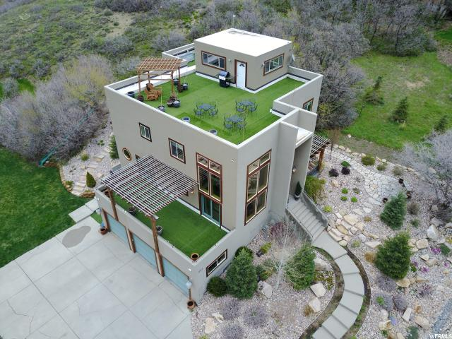 Один семья для того Продажа на 297 S MARYFIELD Drive Emigration Canyon, Юта 84108 Соединенные Штаты