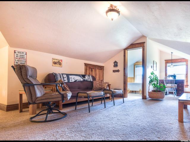 Additional photo for property listing at 1847 N 3000 W 1847 N 3000 W Vernal, Utah 84078 Estados Unidos